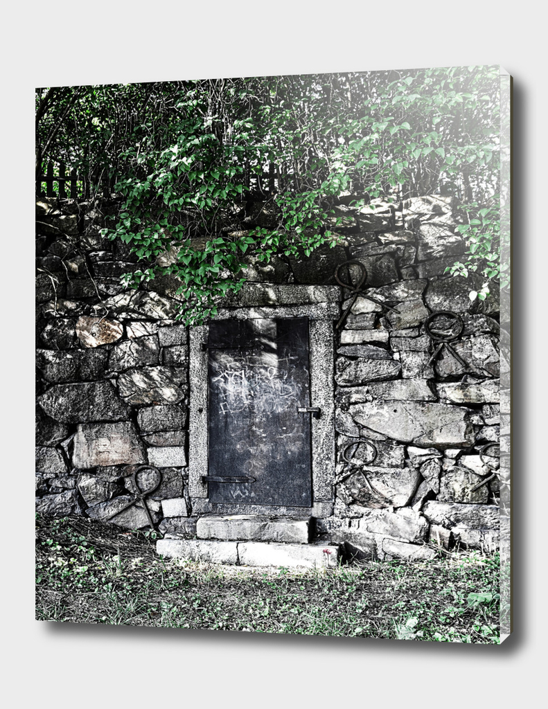 Door 16