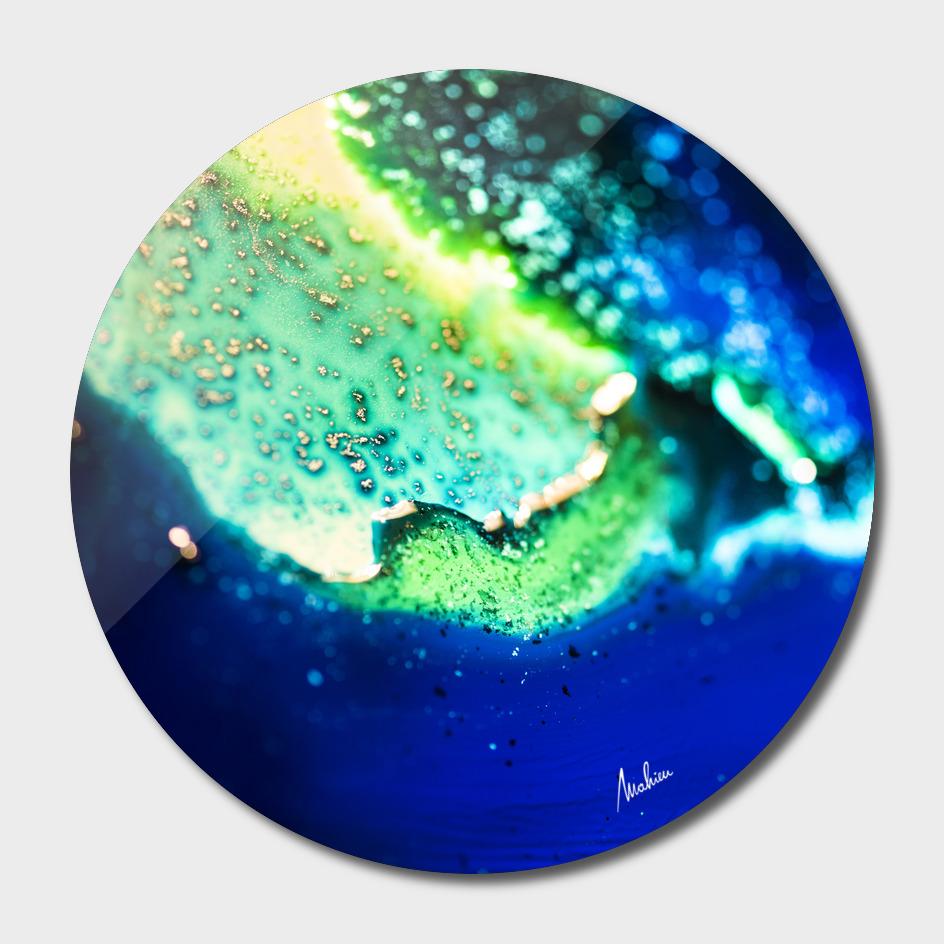 The blue lakes shore - detail 1