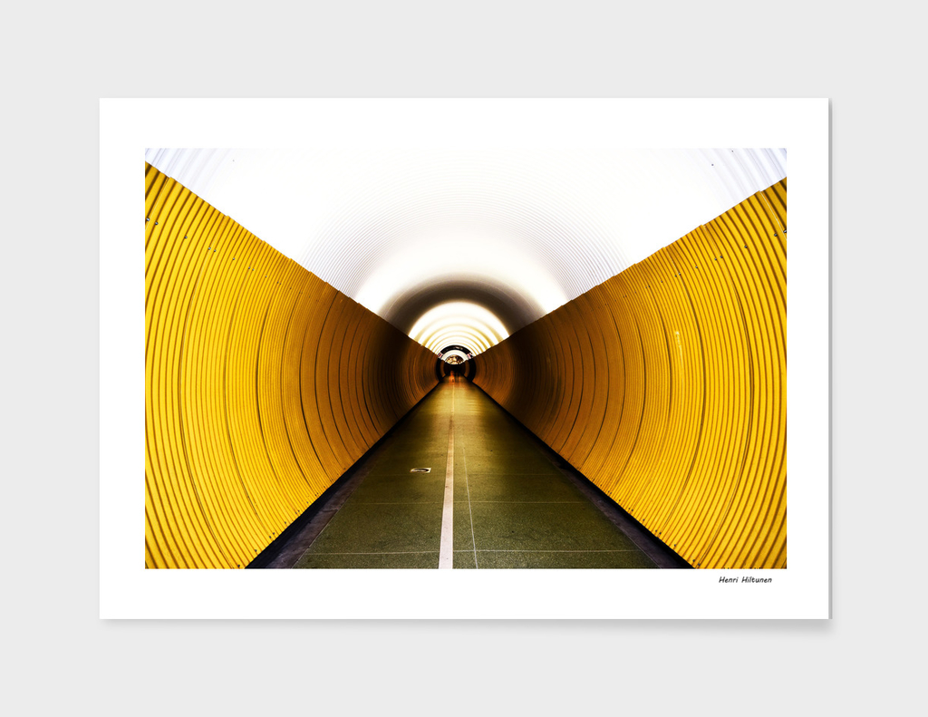 Tunnel 8