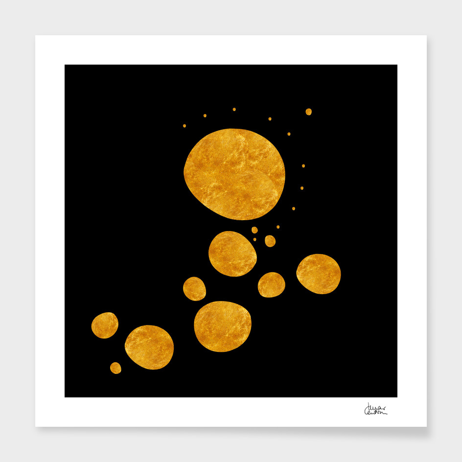 """""""Golden dots & black background"""""""