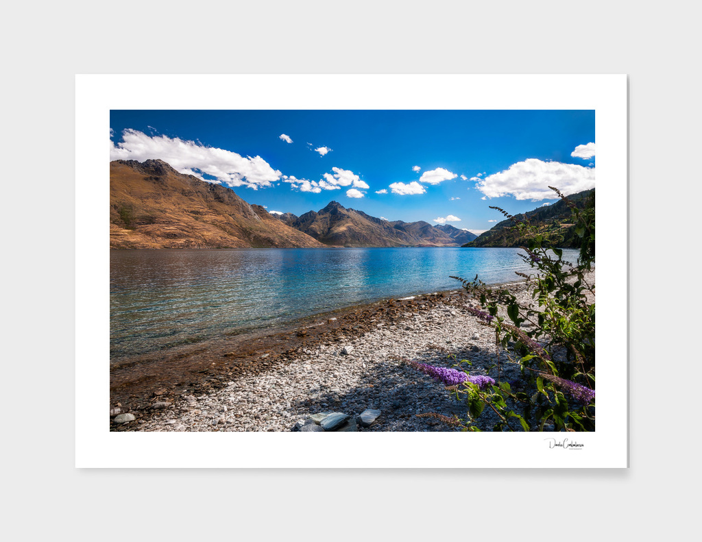 Mountain Range view at lake Wakatipu, New Zealand.