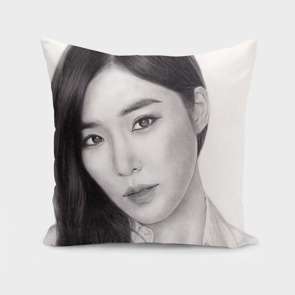Girls' Generation Tiffany Hwang