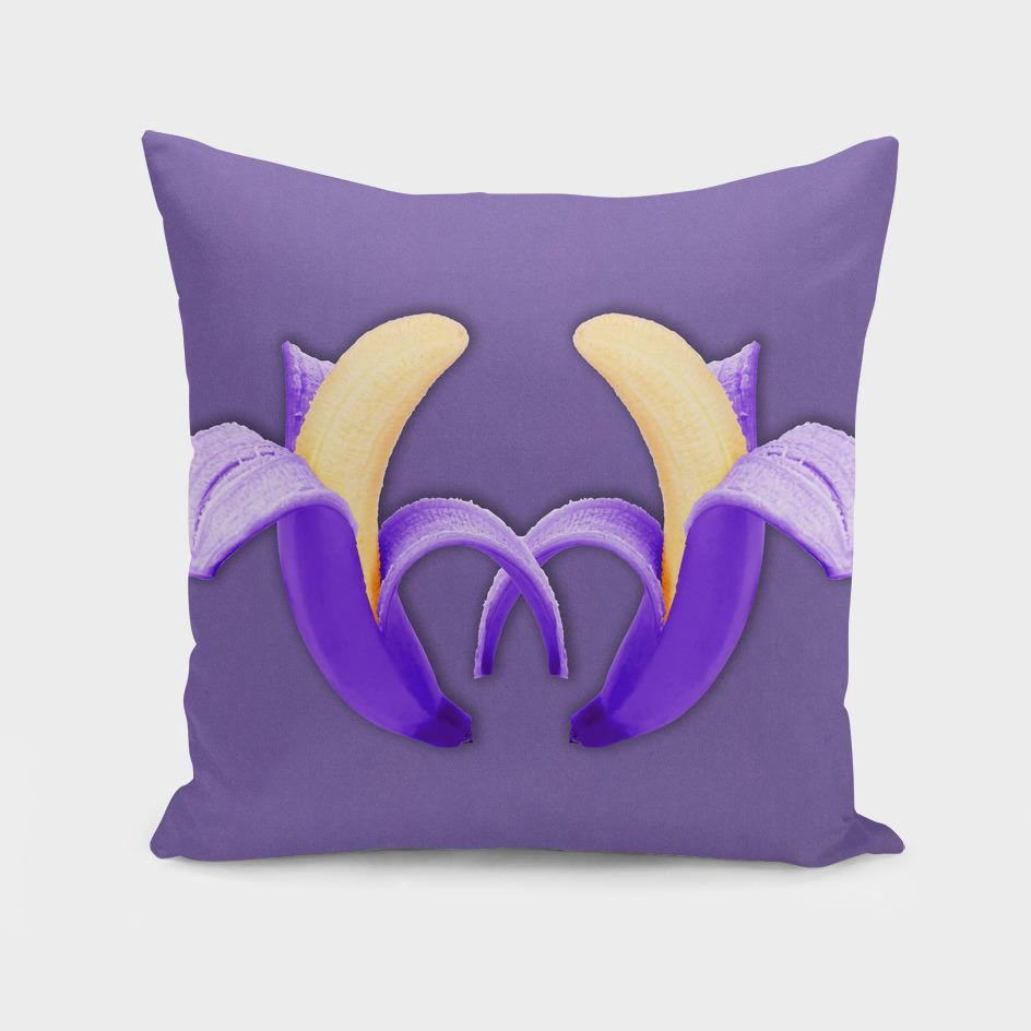 Two Bananas – Ultra Violet