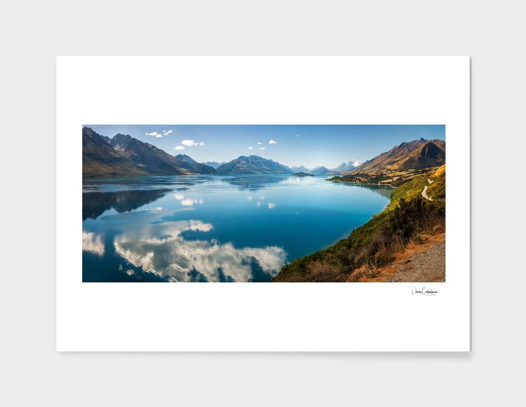 Amazing View of Lake Wakatipu in New Zealand