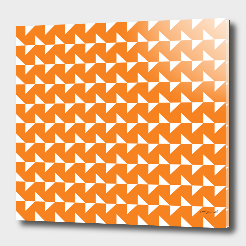 Flying Triangles Orange