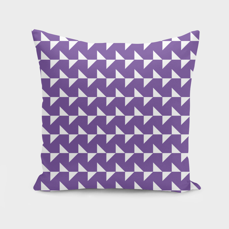 Flying Triangles Purple