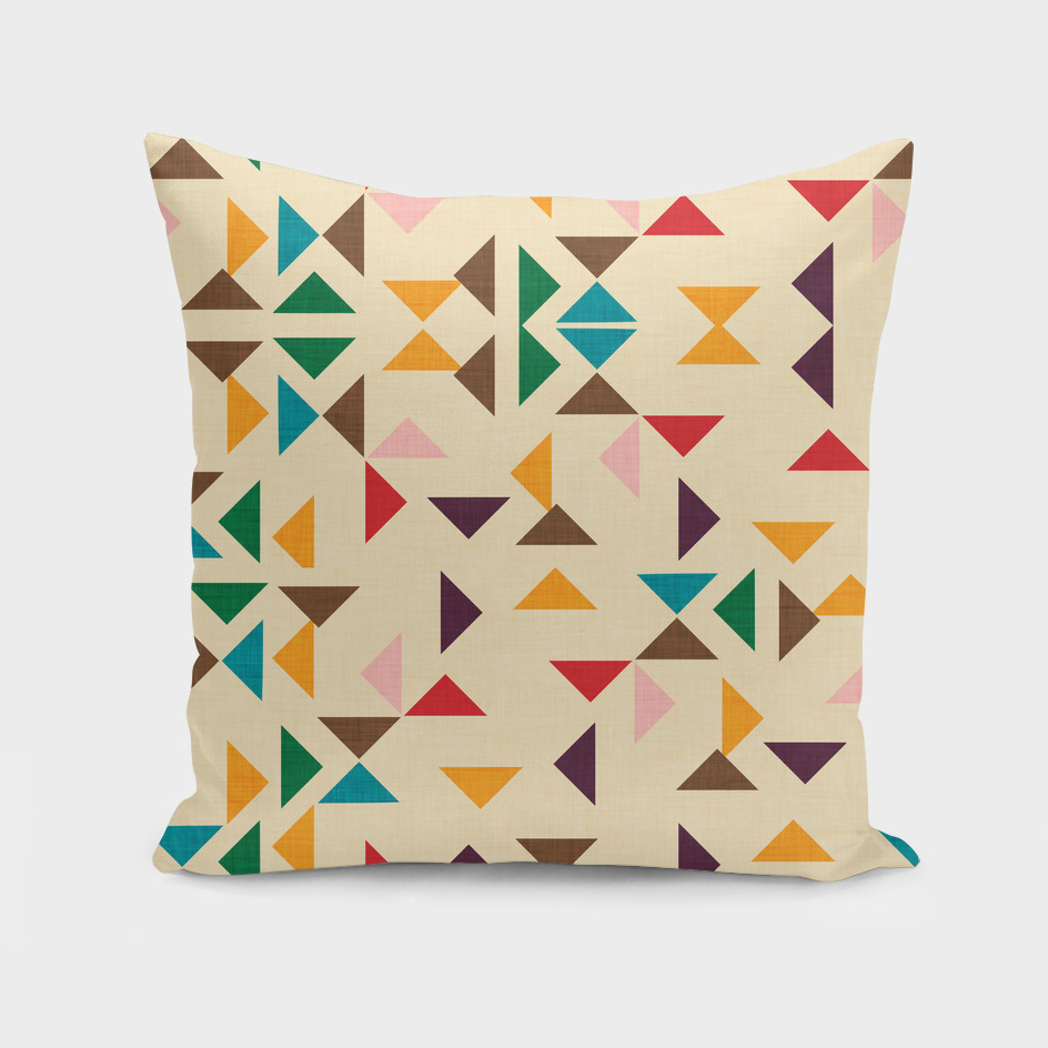 Kilim triangle pattern beige
