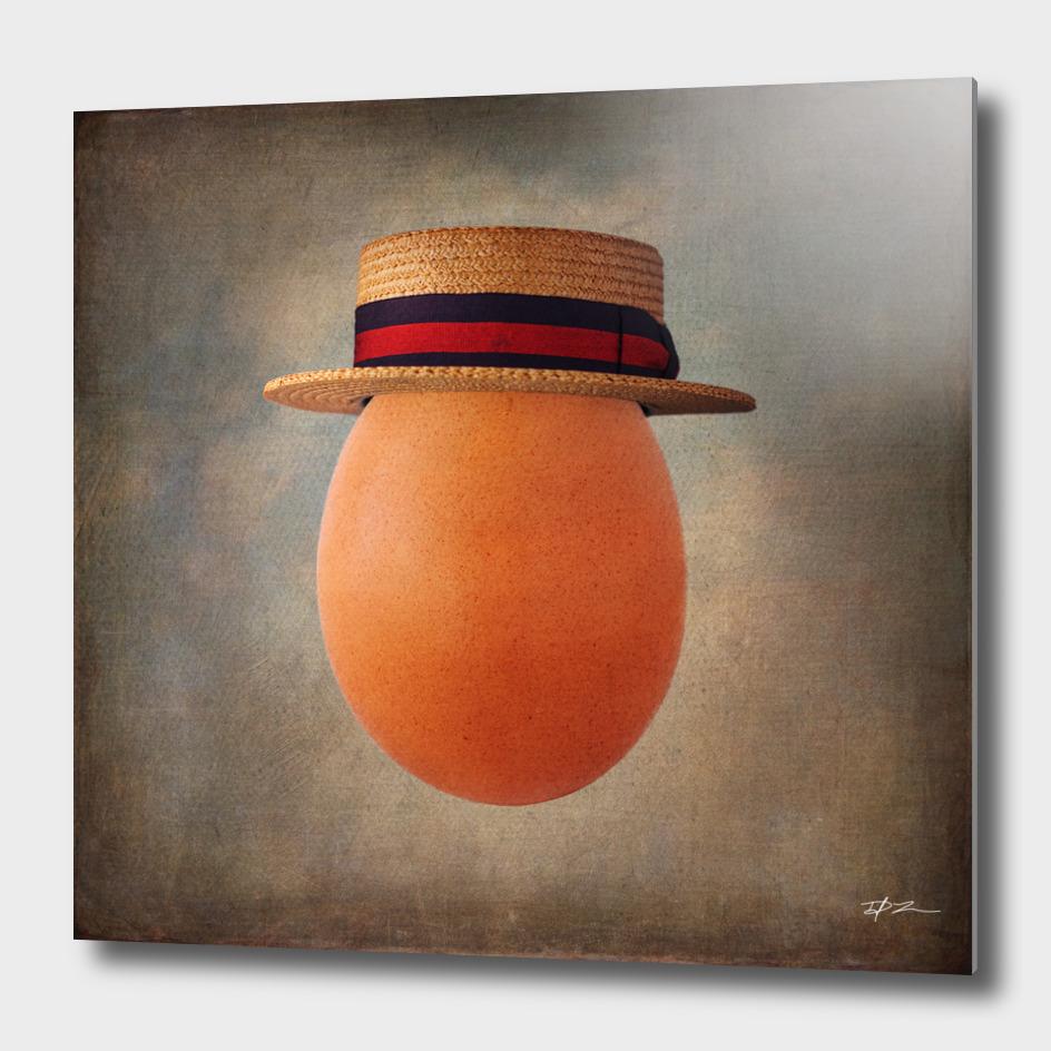 Vintage Egg in Ponte Rialto Boater