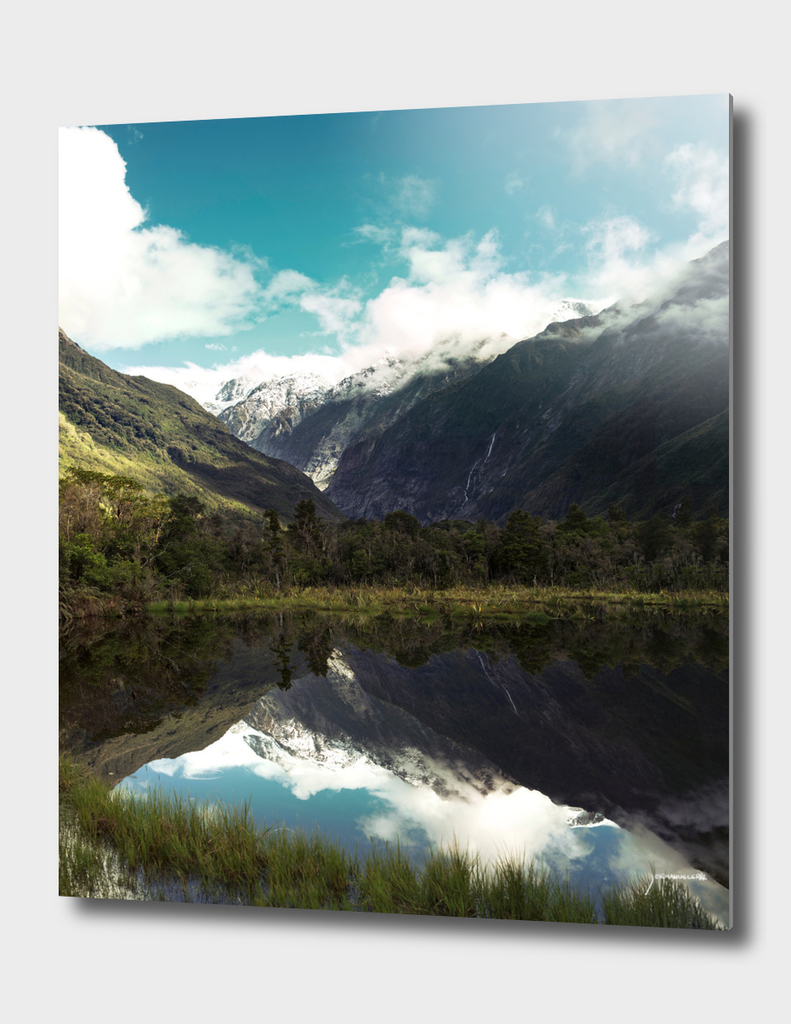 (Franz Josef Glacier) Where the snow melts