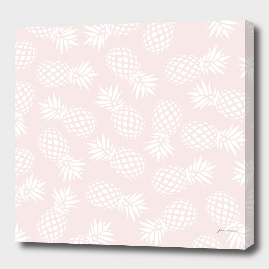 Pineapple pattern on pink
