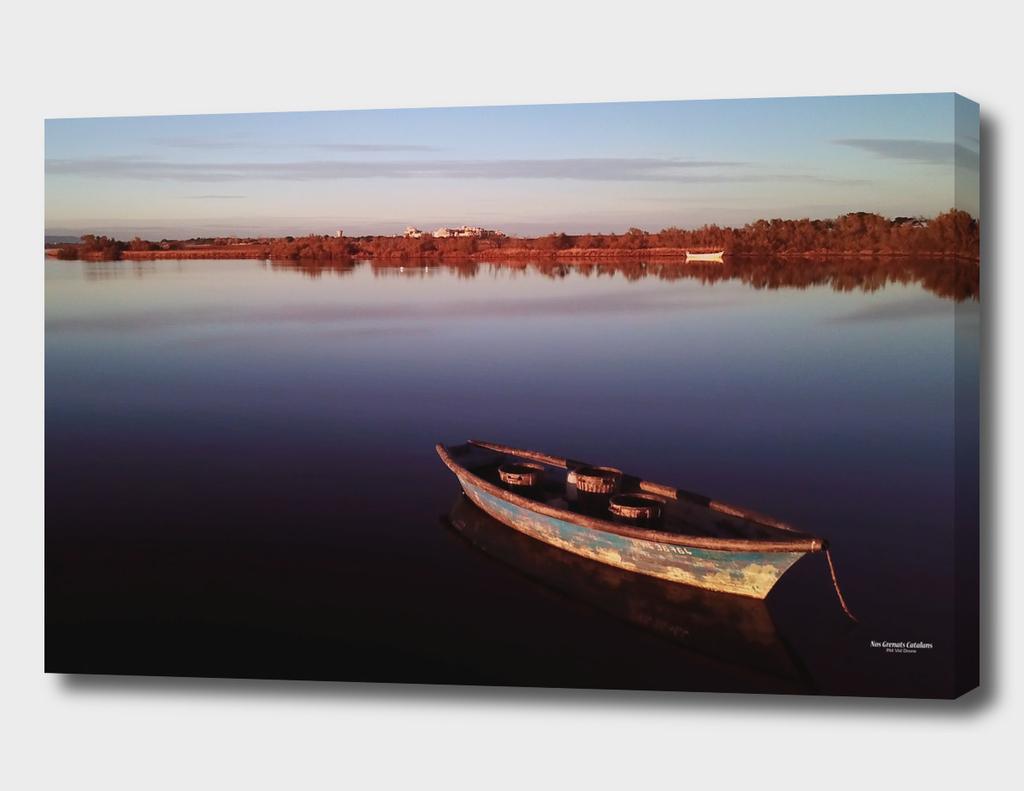 Barque de pêcheur d'anguille