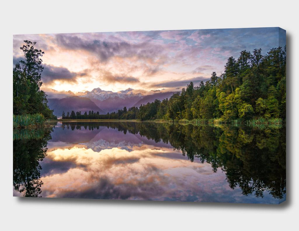 Lake Matheson sunrise Perfect Reflection, New Zealand