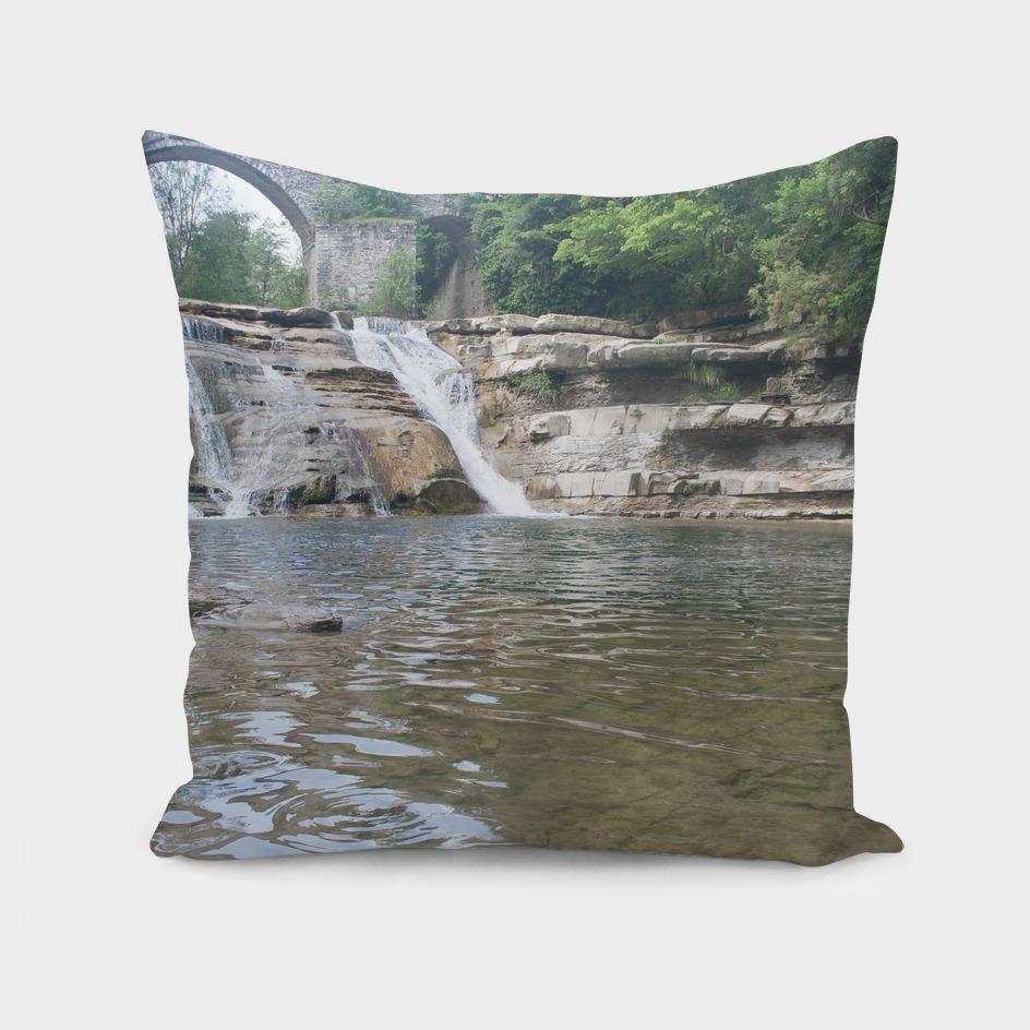 brusia waterfalls