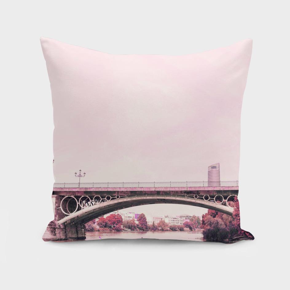 Pink mood at Triana Bridge