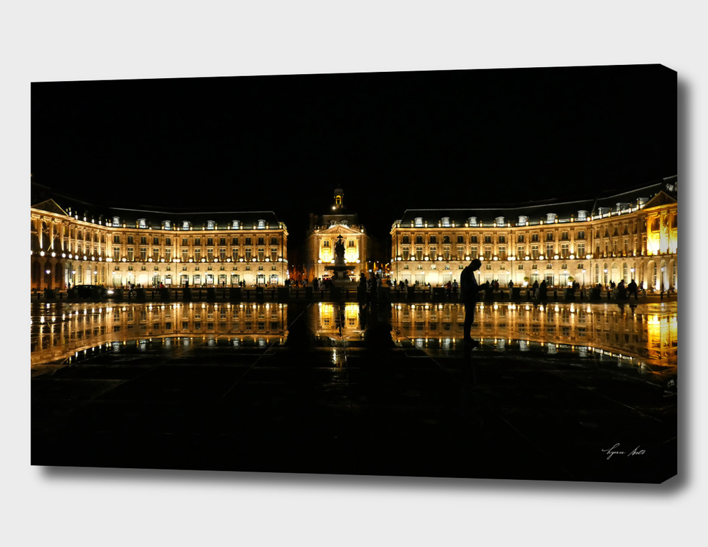 Water Mirror Bordeaux