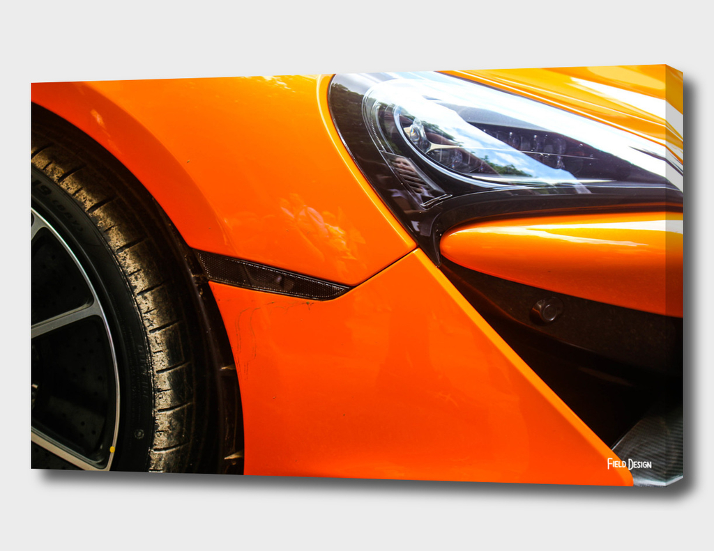 McLaren 570GT Abstract