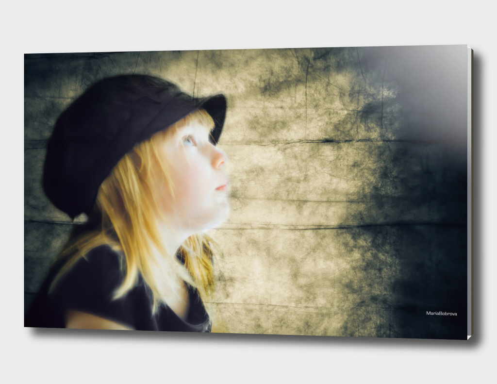 Little girl in retro cap