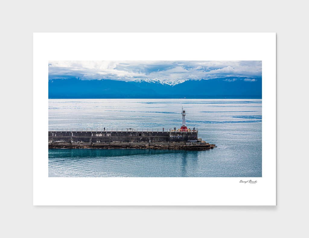 Breakwater and lighthouse in Victoria, BC