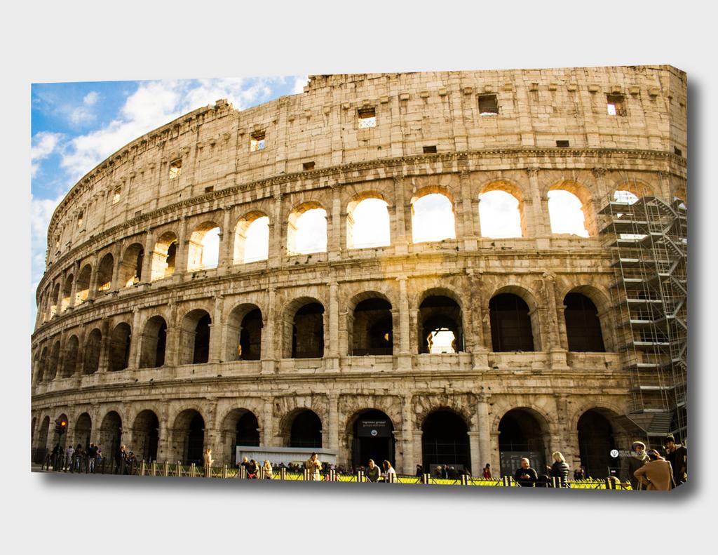 Coliseum_semlogo