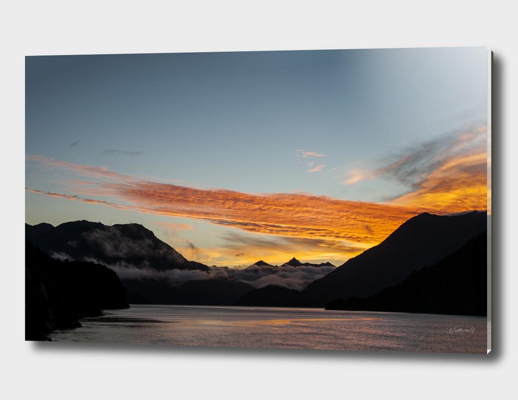 Doubtful Sound Dawn, New Zealand