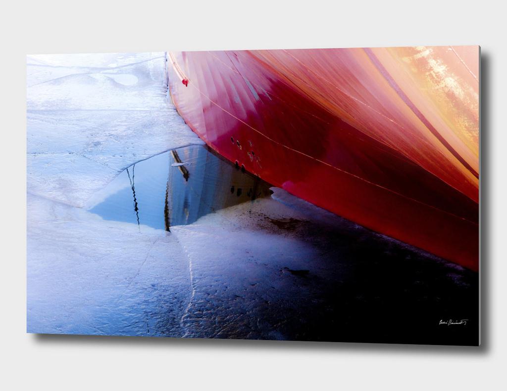Ship in ice II