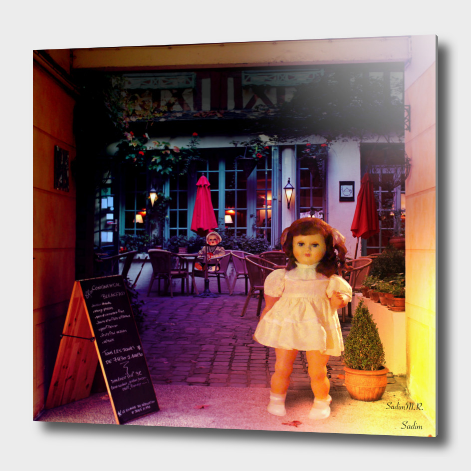 Dolls In the street