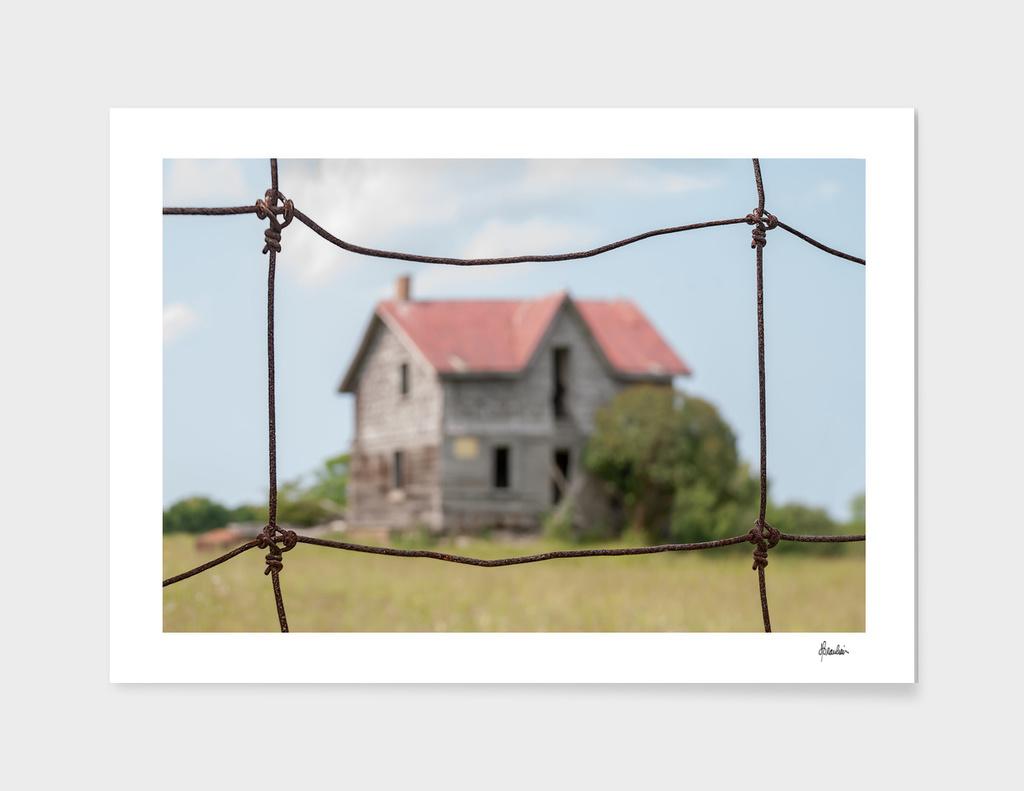 150704S House, fence shot