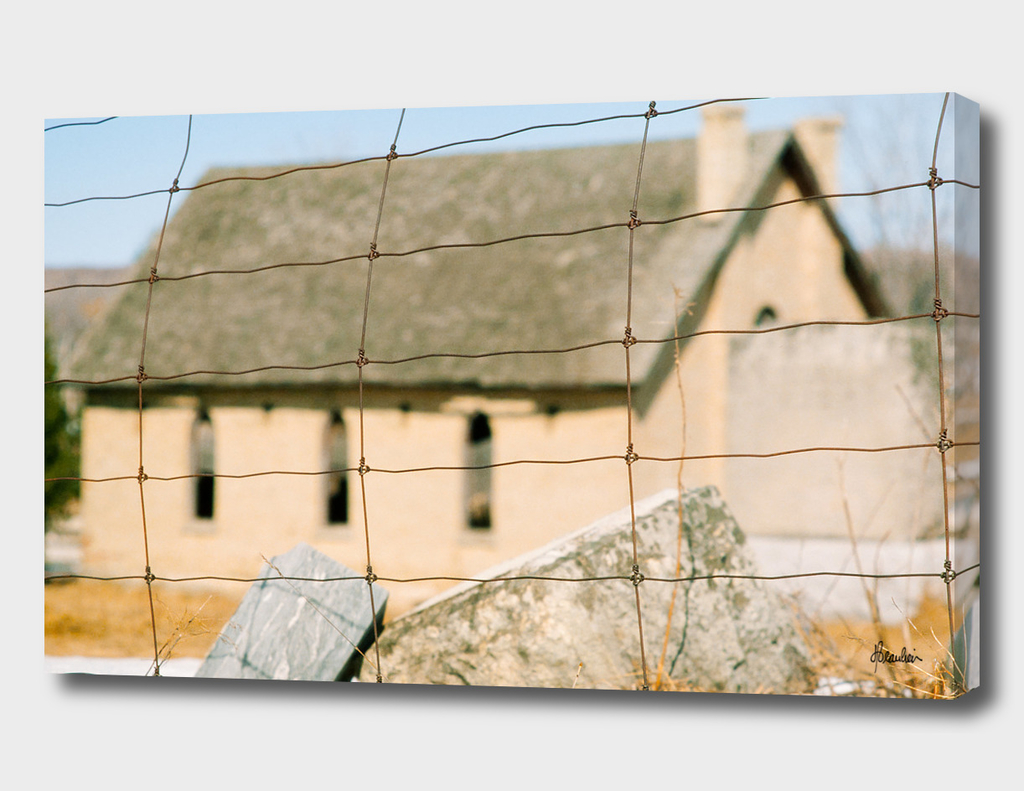 19840331 Fence shot, Church