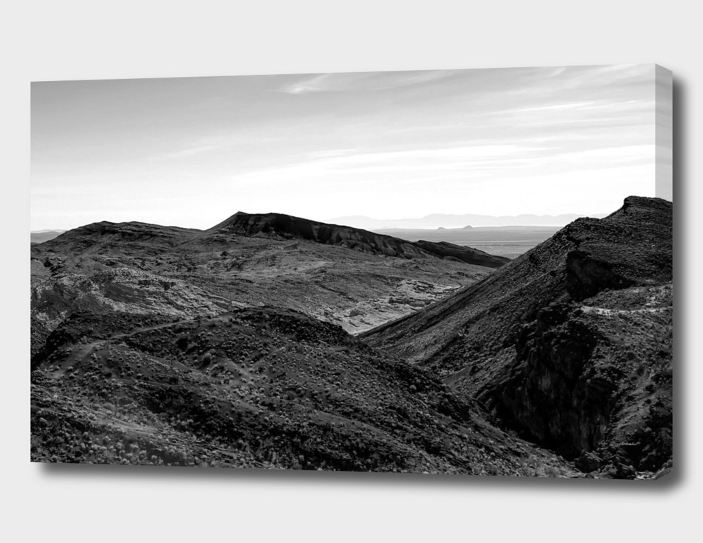 desert and mountain in black and white