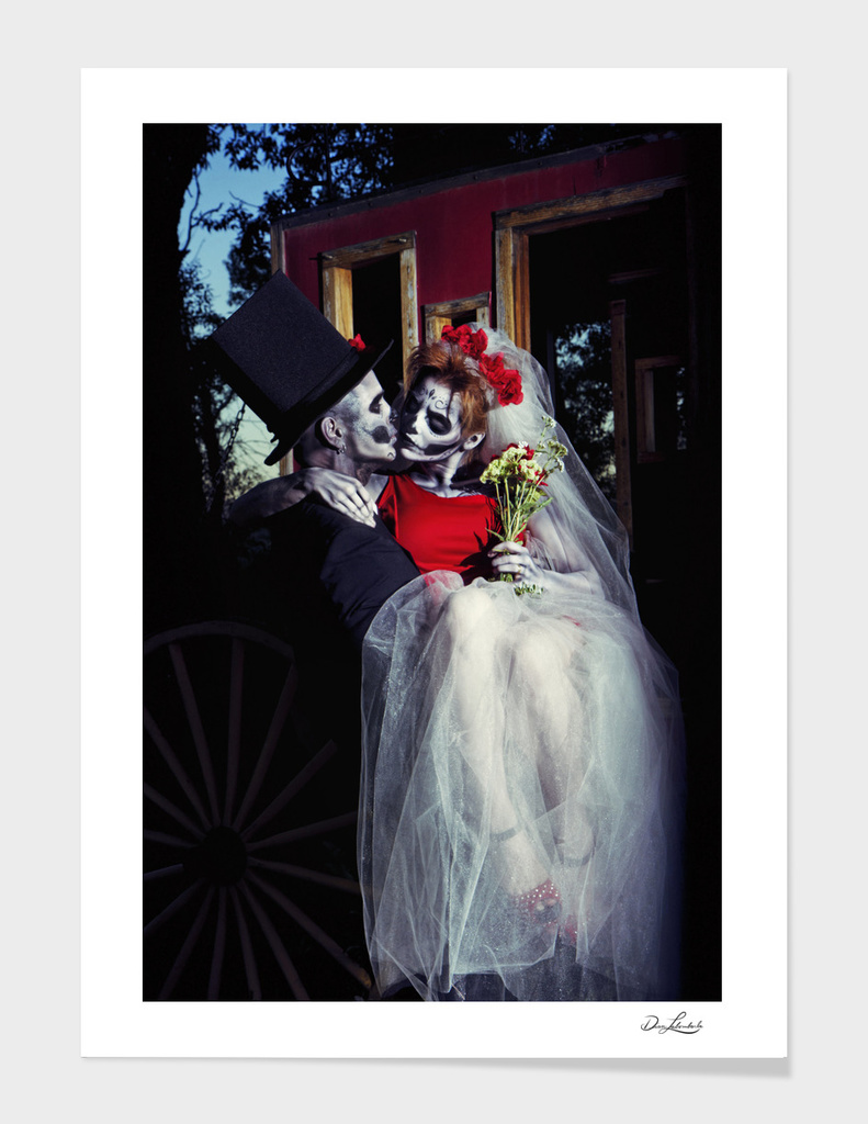 Day Of The Dead Couple On Their Wedding Day