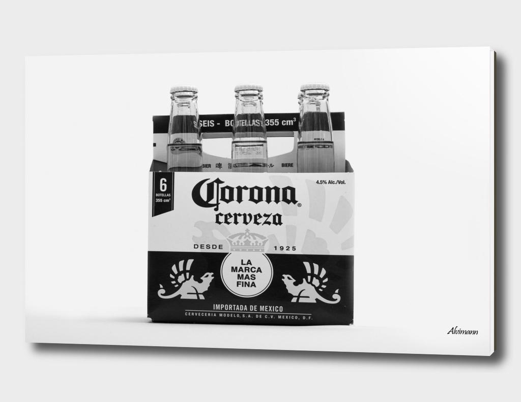 Corona 6-Pack in B&W