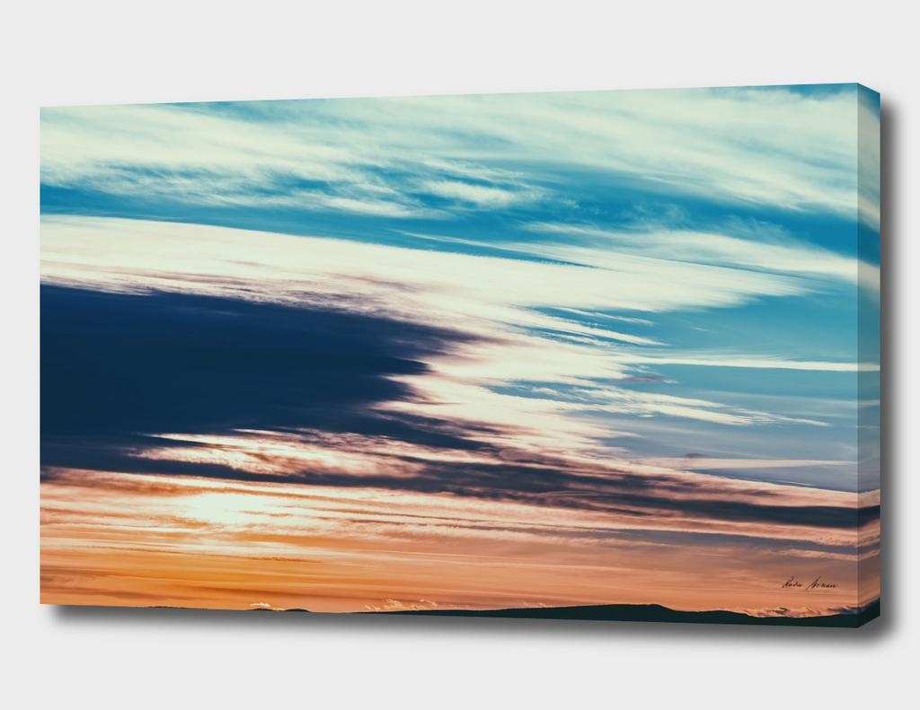 Beautiful Sunset Cloudy Sky Over Mountains