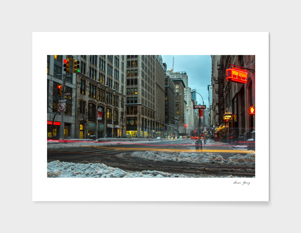 snow day in nyc  nigh time photography_1