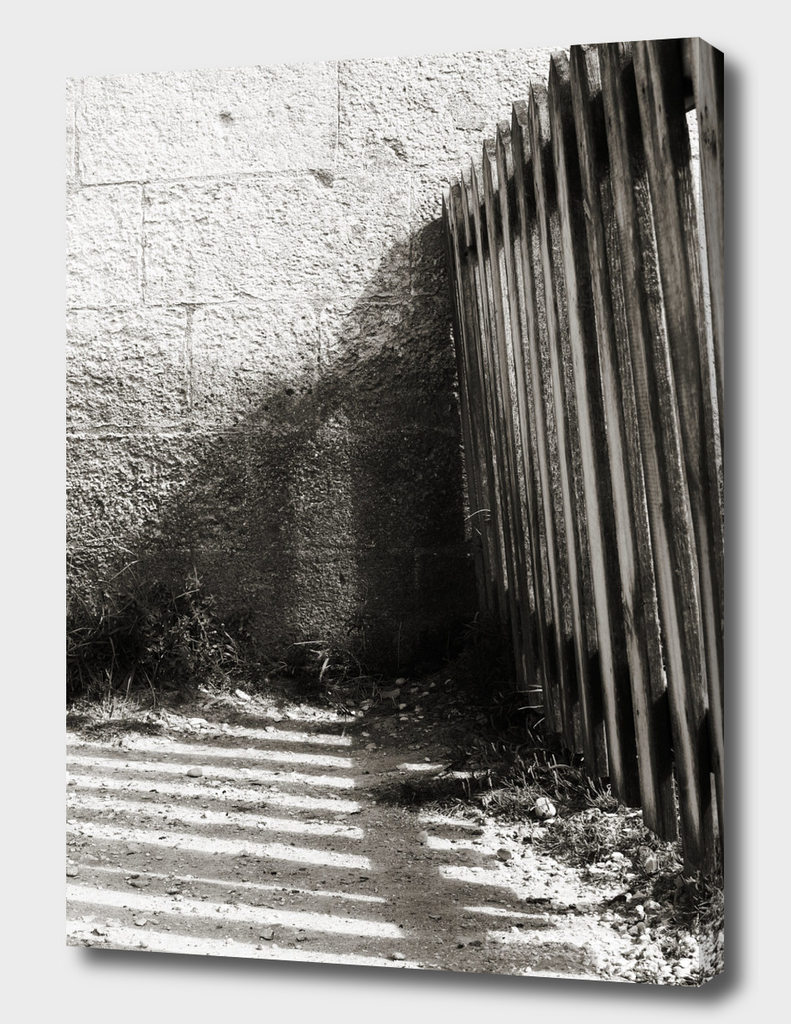 Wooden shadow