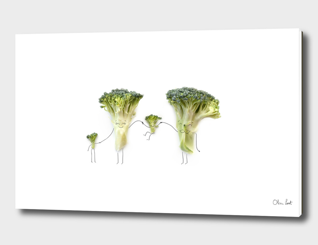 Happy broccoli family