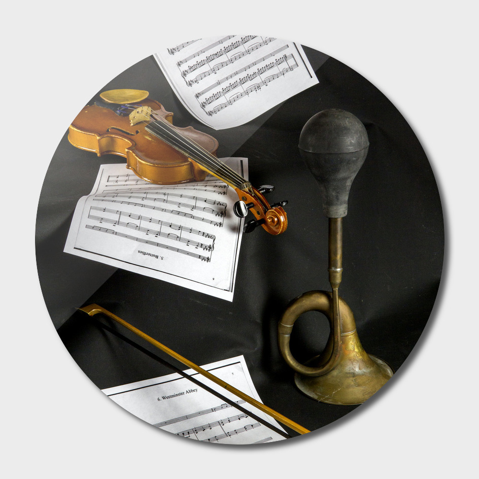 Violin, sheet music and trumpet