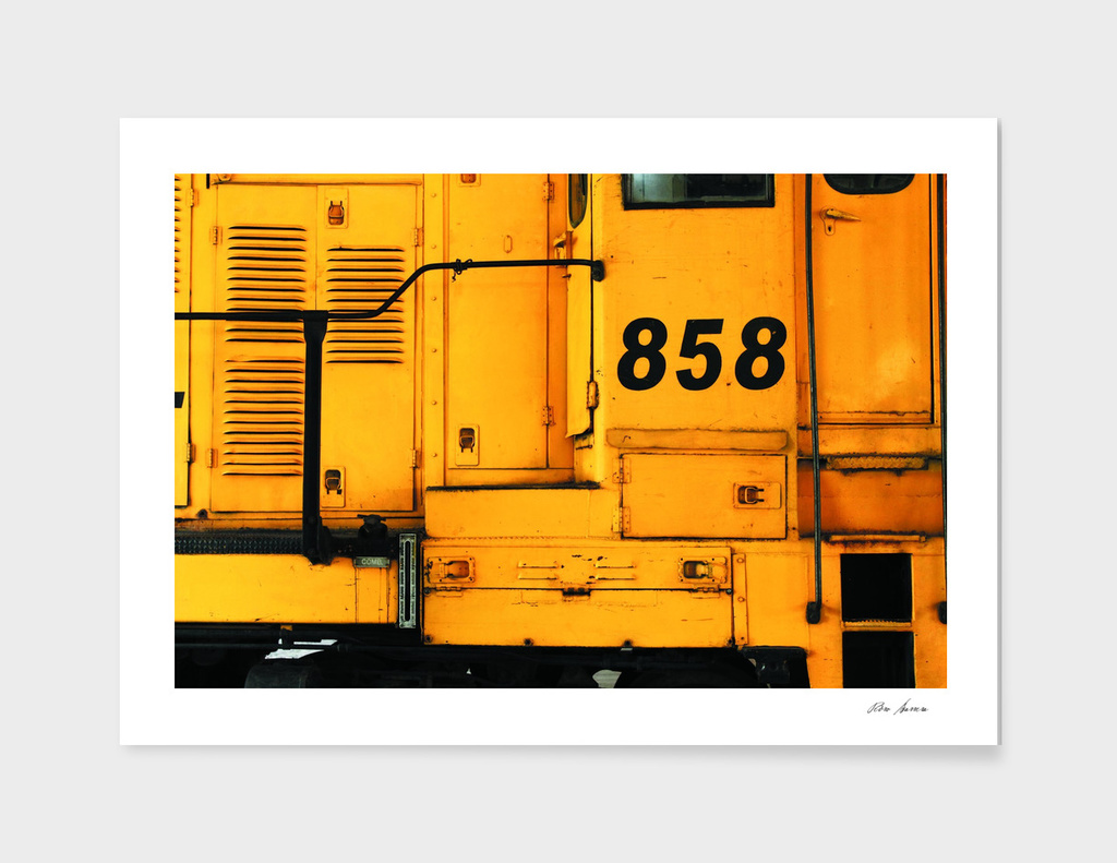 locomotive 858