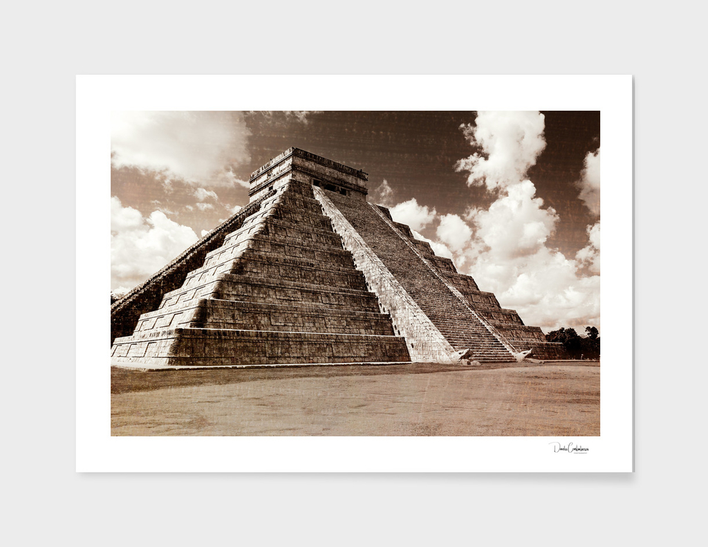 Vintage look of Mayan pyramid in Chicken Itza