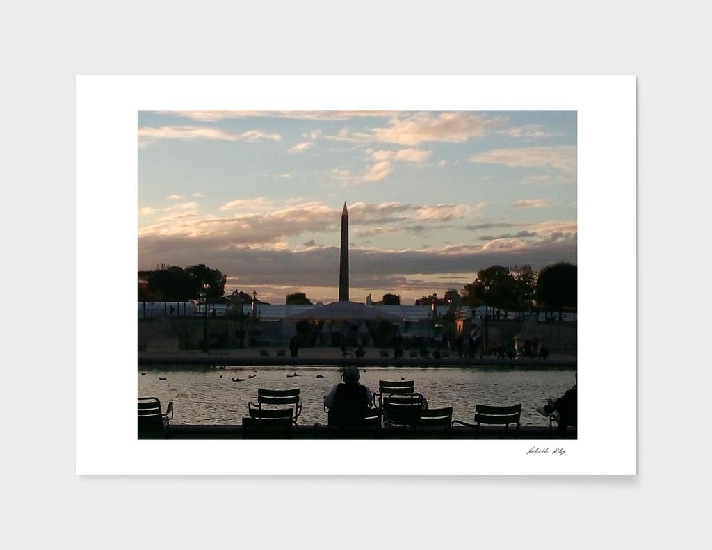 Paris Eiffel Tower In evening