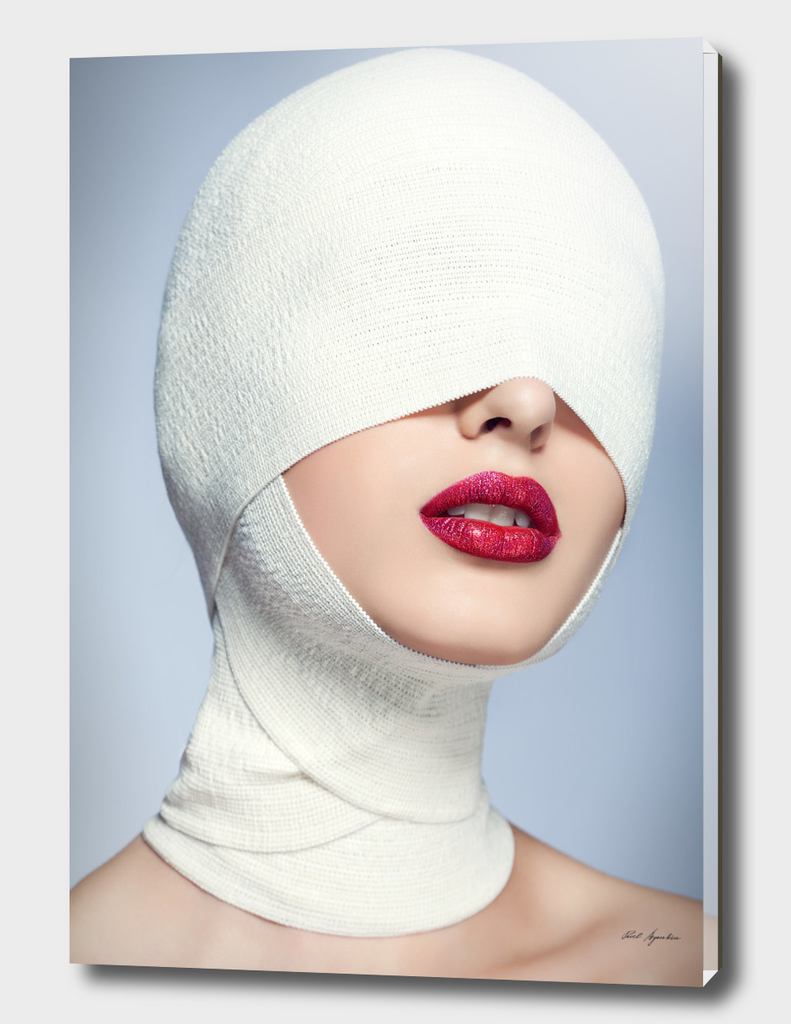 Face in bandages