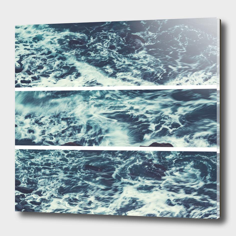 salt water trytych I