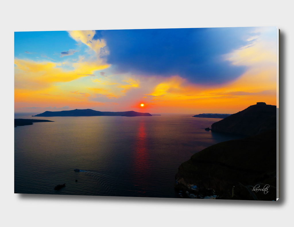 Sunset in Santorini i