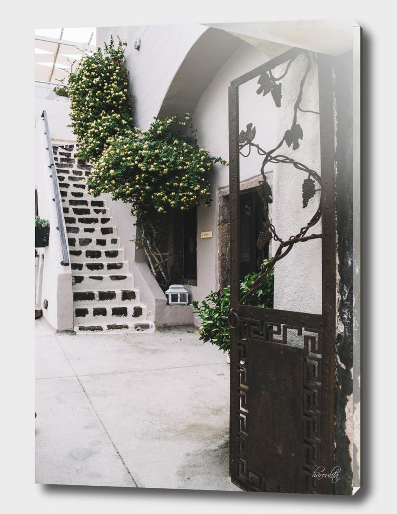 House in Santorini i