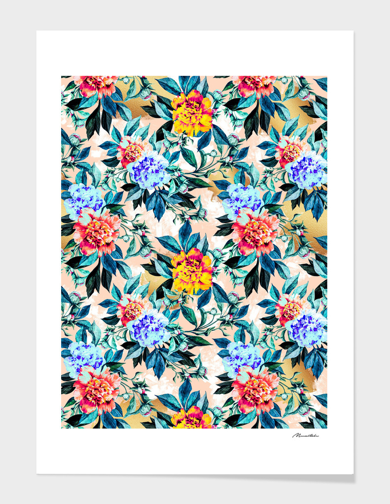 Flowery pattern with golden brushstroke