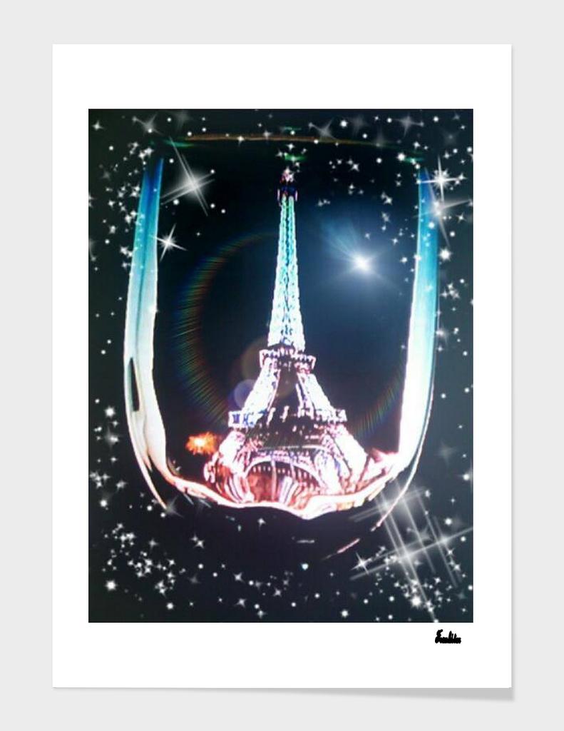WONDERS THROUGH A WINE GLASS EIFFEL TOWER