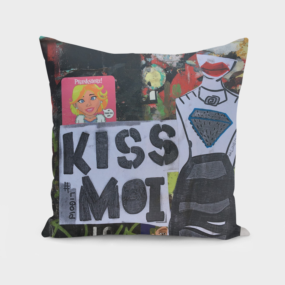 Kiss Moi