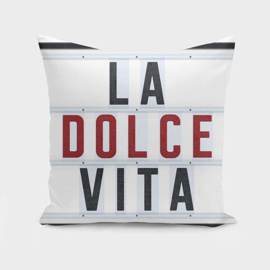 La Dolce Vita - red