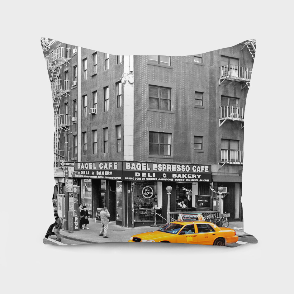 NYC - Yellow Cabs - Bagel Cafe
