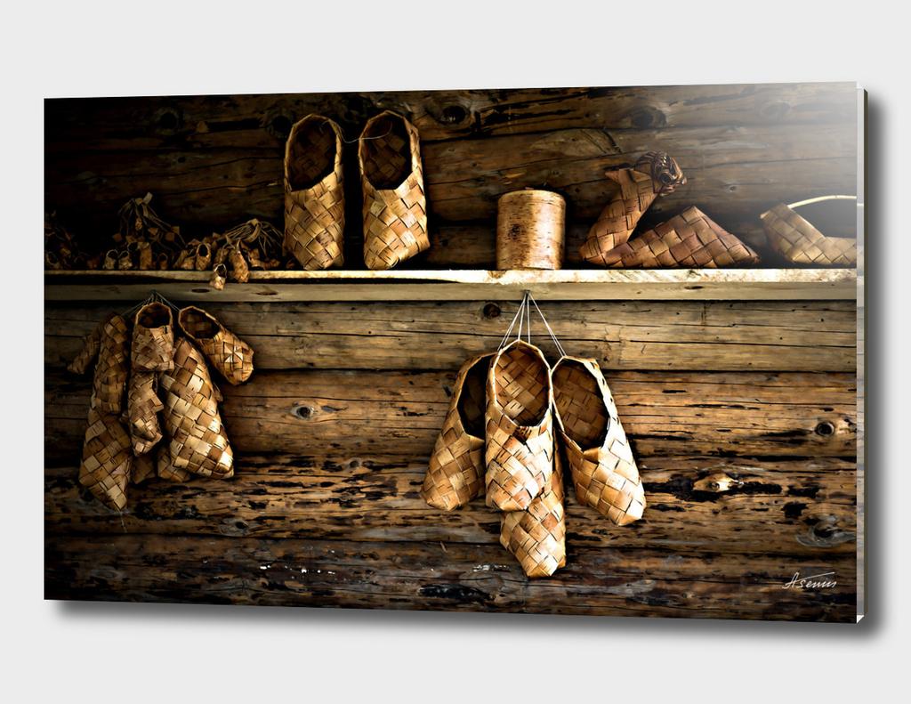 Bast Shoes
