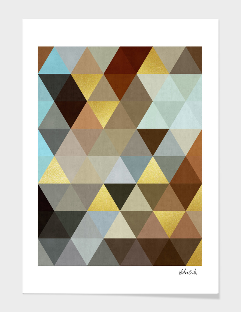 Minimalist and golden triangles I